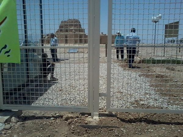 وضعیت محیطی کاخ ساسانی سروستان سامان دهی شد