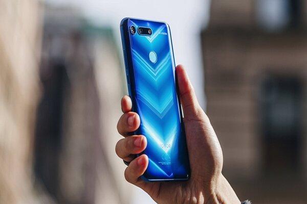 900 هزار گوشی موبایل وارد کشور شد، کاهش محسوس قیمت