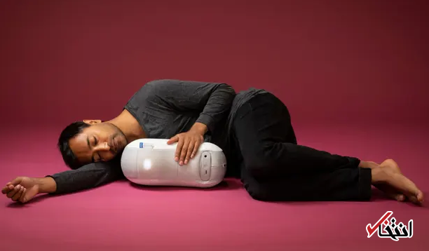 ربات کوچکی که درست مثل یک کودک در آغوش شما می خوابد