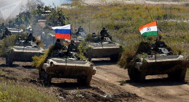 انجام رزمایش نظامی مشترک هند و روسیه