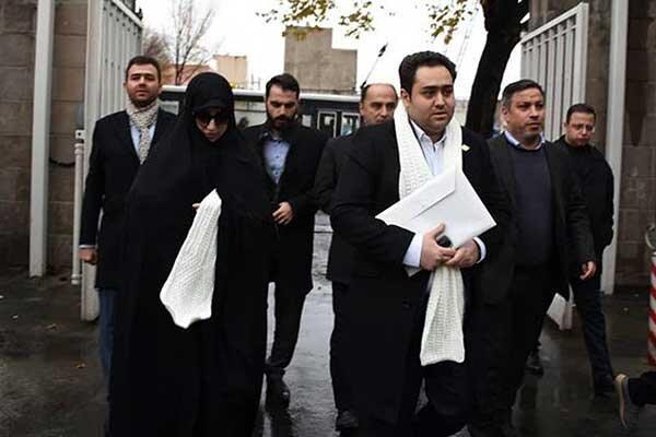 فیلم ، داماد روحانی در انتخابات ثبت نام کرد ، از پدر زنم اجازه گرفتم