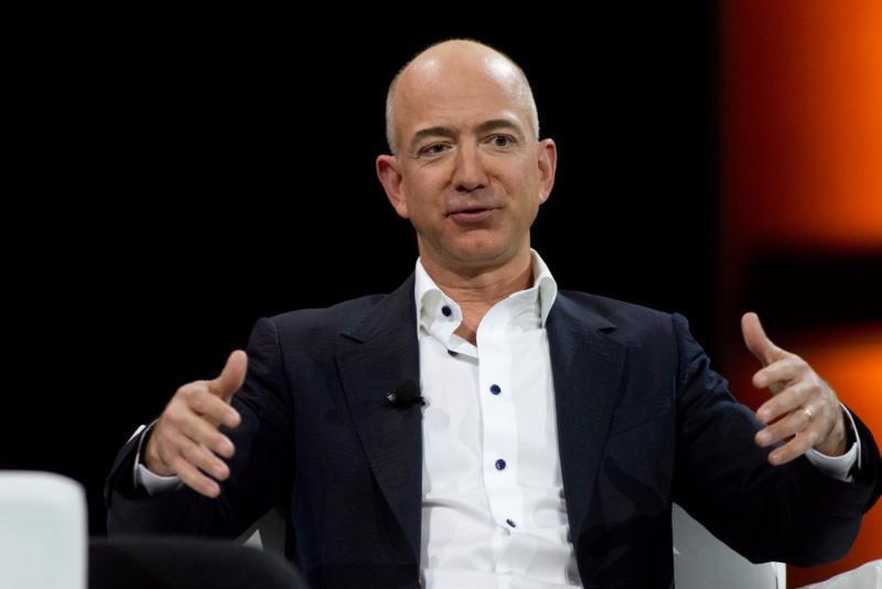 ثروتمندترین مرد تاریخ 10 میلیارد دلار ثروتمندتر شد