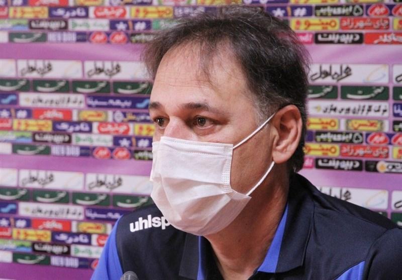 نامجومطلق: حق بازیکنان استقلال است که امسال یک جام بگیرند، باید زودتر صاحب پنالتی می شدیم