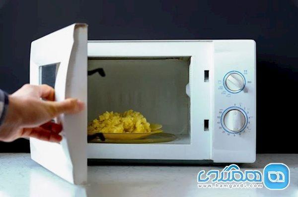 آیا پختن غذا با مایکروویو مضر است؟