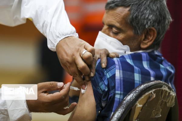خبرنگاران واکسیناسیون افراد بالای 80 سال در شهرستان بابل شروع شد