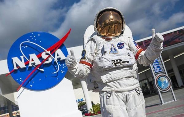 بایدن برای حمایت از اکتشاف در ماه بودجه ناسا را افزایش می دهد