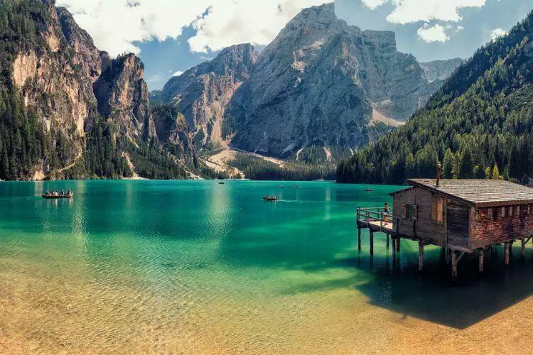 سفر به دریاچه پراگز در ایتالیا